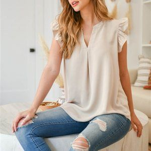 SOLID RUFFLED SLEEVE TOP- tan